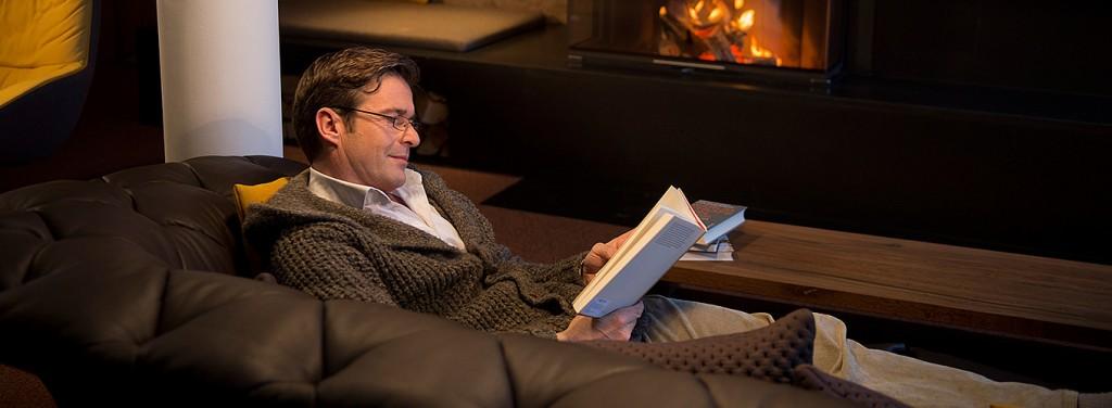 dr schmid dr schmid die gr ne couch. Black Bedroom Furniture Sets. Home Design Ideas